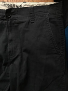 Men's Old Navy like-new khaki pants 34 x 34,  dark blue