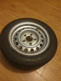Compass tyre and wheel