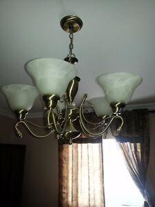 Luminaire et lampes de table à vendre