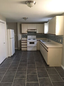 ALL INCD - 1 BDRM APT! ACROSS FROM CCNB DIEPPE! AVAILABLE NOW!!