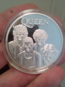 Large 40mm 1oz Queen Rock Band Silver Plated Coin.