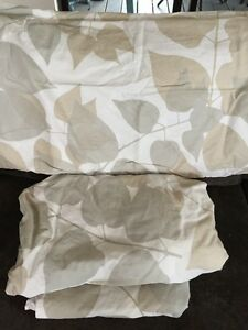 Crate and Barrel Marimekko Lehtimaja MIst King Sheet Set