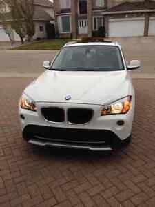 2012 BMW X1 White/Black Interior SUV, Crossover