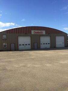 LARGE SHOP FOR LEASE IN HINTON AB