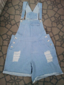 WOMAN'S BRAND NEW DISTRESSED DENIM OVERALL SHORTS *ORILLIA*