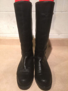 "Women's ""College"" Tall Leather Winter Boots Size 8 London Ontario image 5"