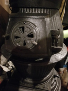 Cast iron Pot Belly wood stove