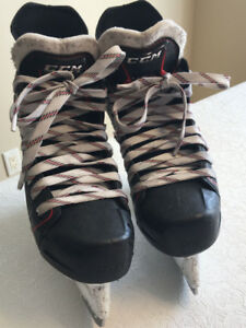 Patins Junior CCM JetSpeed FT370 (Grandeur: 1.5; Largeur: D)