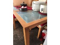 Pine table £90
