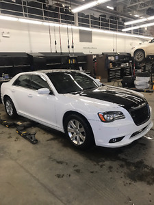 2013 CHRYSLER 300 5.7L V8 ENGINE LOW KMS