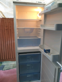 Bosch fridge freezer, excellent and super clean. Delivery possible