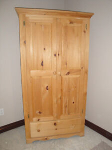 MENNONITE MADE SLEIGH BED (DOUBLE)(NIGHT TABLE & ARMOIR AVAILAB London Ontario image 4