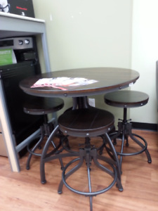 Easy Home: Odium 5pc Adjustable Dinette - $325+ tax