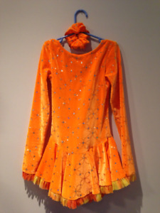 Figure Skating DRESS youth sz. 10-12. Excellent cond.