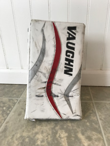 Vaughn Ventus LT58 goalie youth blocker