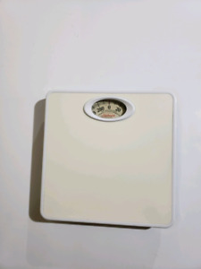 weight scale 4$