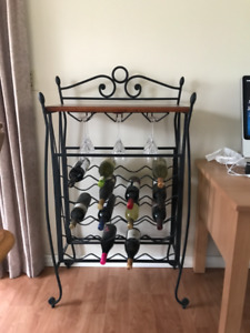 20 bottle wine rack with wine glass holder and wooden shelf