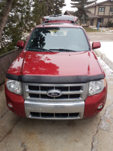 2012 Ford Escape Limited V6.
