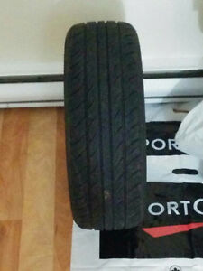 Set of 4 very good condition Tires