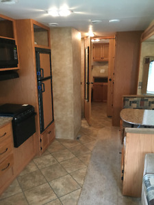 30' North Country Travel Trailer