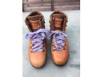ASOLO Italian Ladies Leather Walking Boots