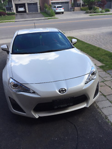 2014 White Scion FR-S