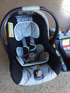 Chicco Keyfit Infant Car Seat with Base
