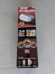 Garage Door Opener ------ BRAND NEW in box -------
