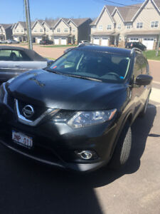 $1000 CASH!!! Lease Takeover - 2016 Nissan Rogue