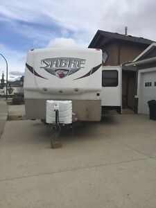 31' QBDS great family trailer