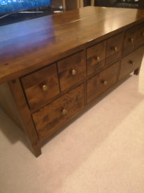 Coffee Table/Trunk with 6 Draws in Sheesham Wood