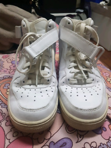 Original Nike Air Force One men's shoes (size 7.5 - men's)