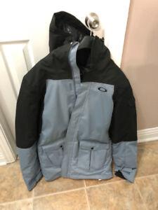 Manteau de snow Oakley à l'état neuf (large)