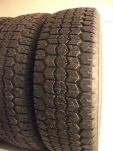 4 of 205 75 R14 snow tires , winter tires , 4 pneus d'hiver