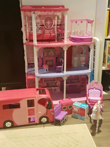 Barbie Dream home house castle dollhouse spectacular lot!!!