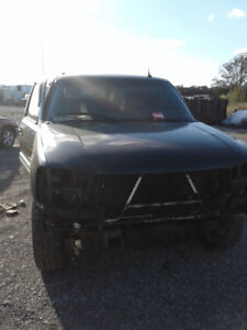 PARTS AVAILABLE FOR A 2004 DENALI XL 4X4
