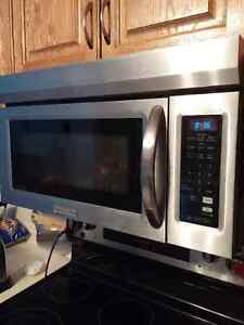 Kitchen Aid Range Top Microwave Stainless Steel