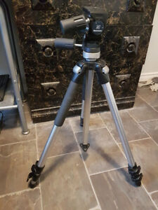 Manfrotto 055CL Tripod - Great Condition