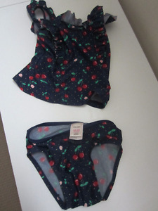 Old Navy girls swimsuit - 18-24 months