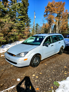 2003 ford focus very low kms!!!!