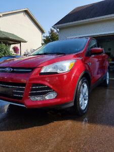 2013 Ford Escape SE AWD - Free Gas