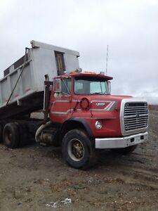 Tandum Dump truck