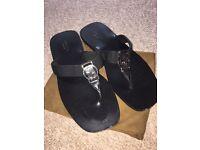 Ladies black Gucci sandals UK 3