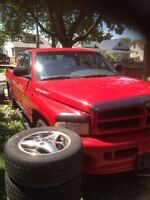 Parting out 1999 Dodge Ram 5.9l sport