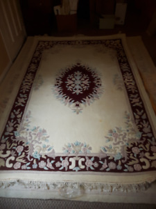 Nice Hand Tufted WOOL Rug from India / 5 Ft x 8 Ft