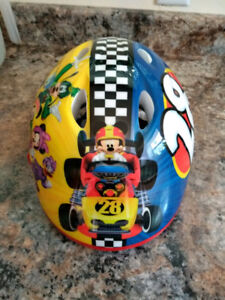 Bicycle helmet for toddlers age 3-5, never used.