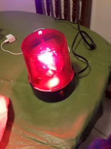 """REVOLVING BEACON LIGHT  7""""  RED GOAL LIGHT  WALL PLUG IN"""