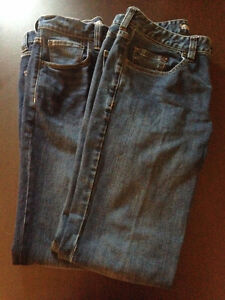 2 Pairs of New Denver Hayes 32x32 Jeans from Mark's