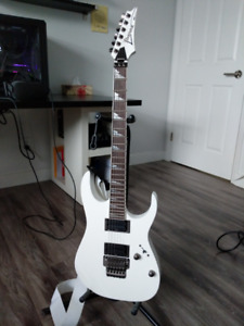 Ibanez RGT42DX Electric Guitar - White