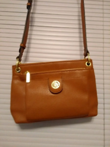 New anne klein  shouder bag brown color